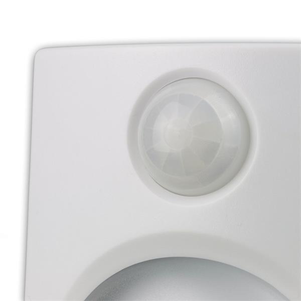 LED Lampe mit IR-Bewegungsmelder leuchtet bis 10m² aus