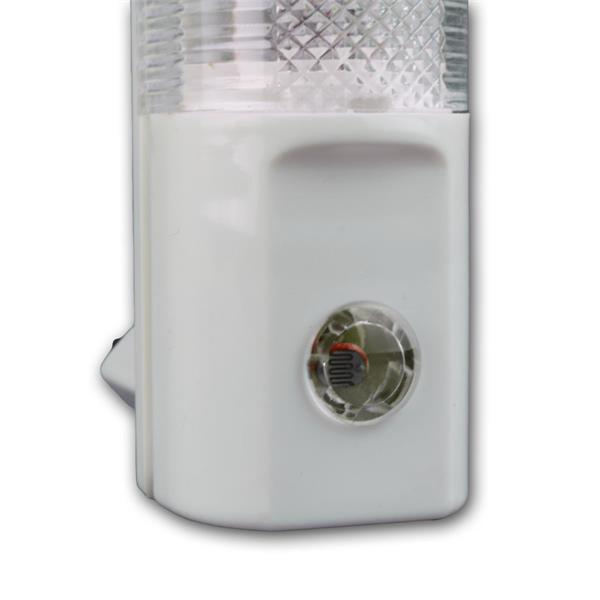 LED-Steckdosenleuchte mit Dämmerungsensor für automatisches Einschalten