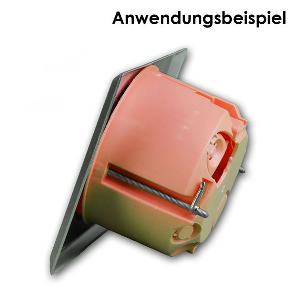4er Lautsprecherdose Edelstahl auf eine Standardunterputzdose befestigt