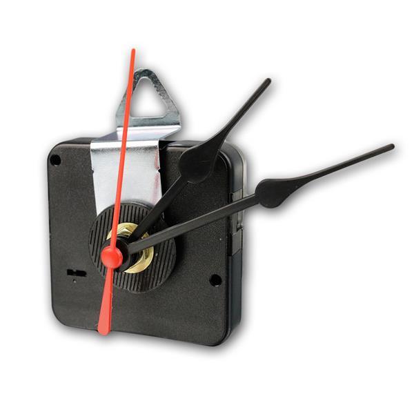 Quarz-Uhrwerk mit 3 Zeigersätzen aus Kunststoff