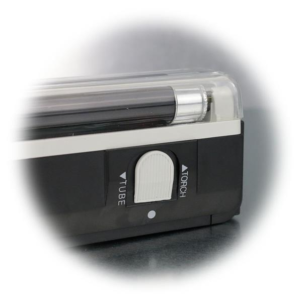 portabler UV-Detektor mit integrierter Taschenlampe