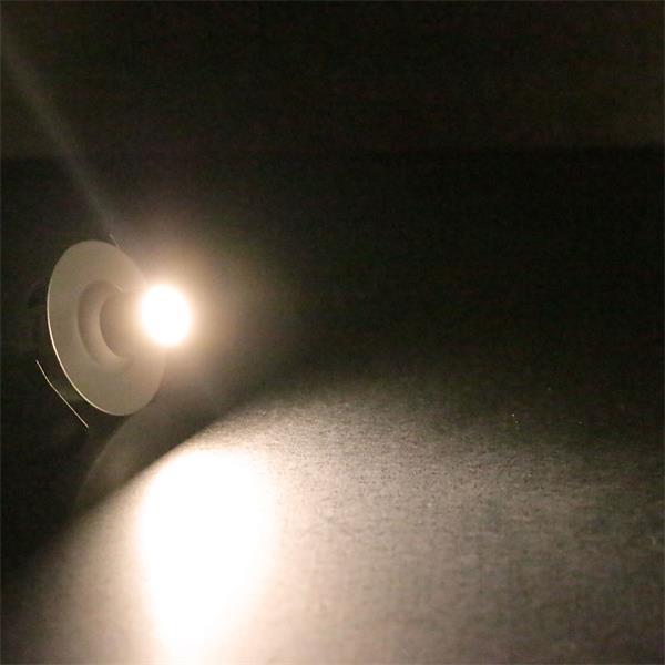 LED Einbaustrahler mit 1x  1W Hochleistungs LED in warm-weiß