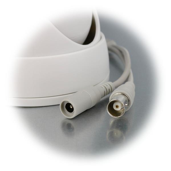 24 Hochleistungs-LEDs für max. 15m Sichtweite im Dunkeln
