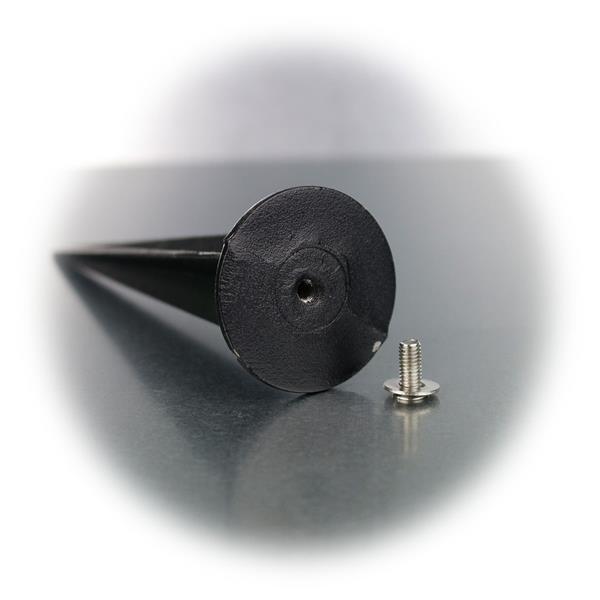schwarze Erdspieß für perfekten Halt eines Strahlers
