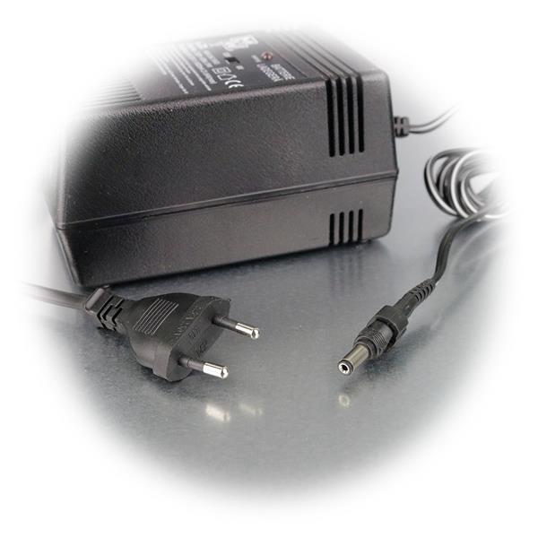 Ausgangsspannung ist für 6V oder 12V DC einstellbar