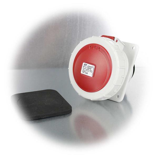 CEE-Steckdose mit Schutzklasse IP 67, schlagfest