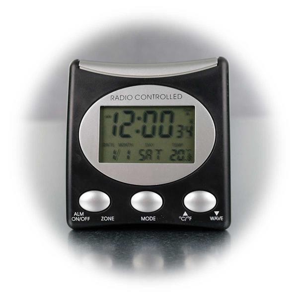 Anzeige von Uhrzeit, Tagesdatum, Monat, Wochentag, Temperatur