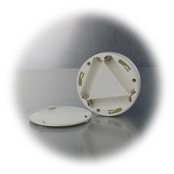LED Lampen werden mit je 3x AAA Batterien betrieben
