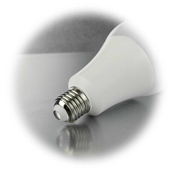 LED Glühbirne Sockel E27 mit weißem Leuchtkörper für blendfreies Licht