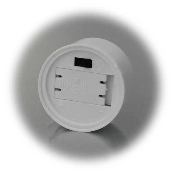 LED Kerze mit Schalter auf der Unterseite zum Ein- und Ausschalten