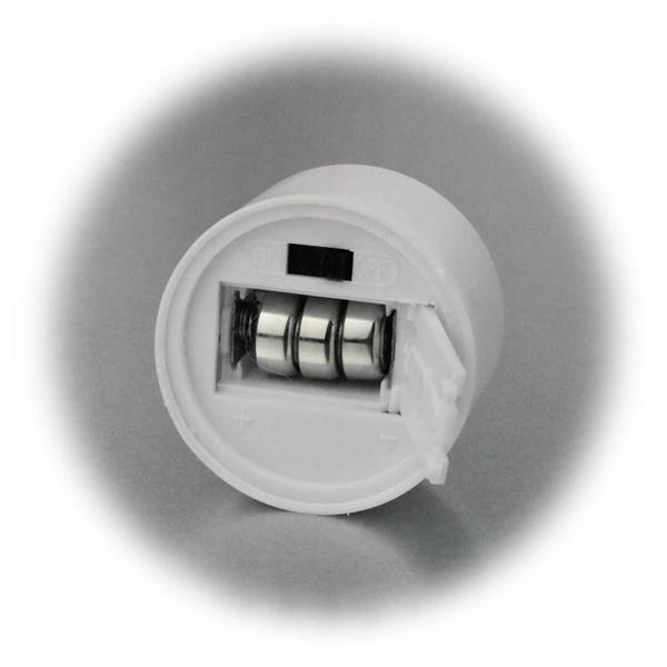 LED Dekolicht wird mit je 3  Knopfzellen AG13 betrieben