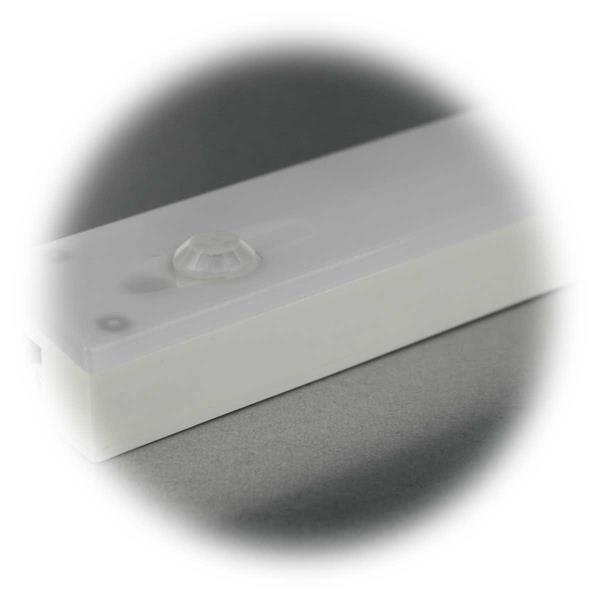 LED Unterbauleuchte mit Dämmerungssensor und Bewegungsmelder