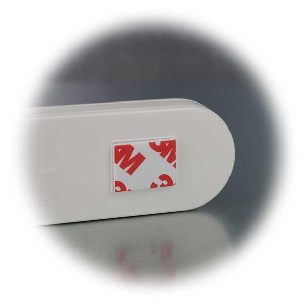 LED Touchlicht mit Klebepads zum Befestigen an glatten Oberflächen