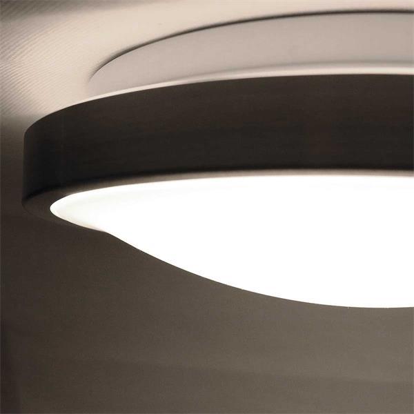 LED Feuchtraumleuchte mit einer gleichmäßigen Lichtabgabe