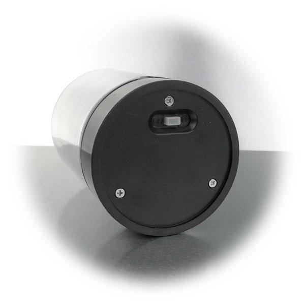 LED Windlicht mit Ein- und Ausschalter am Boden des Metallsockels