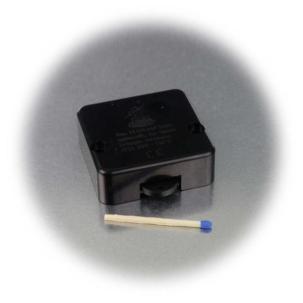 kleiner berührungsloser Lichtschalter zum Einbau in Schränke
