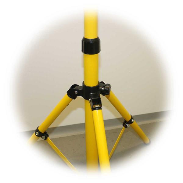 3-Bein-Gestell ist für besseren Transport zusammenklappbar