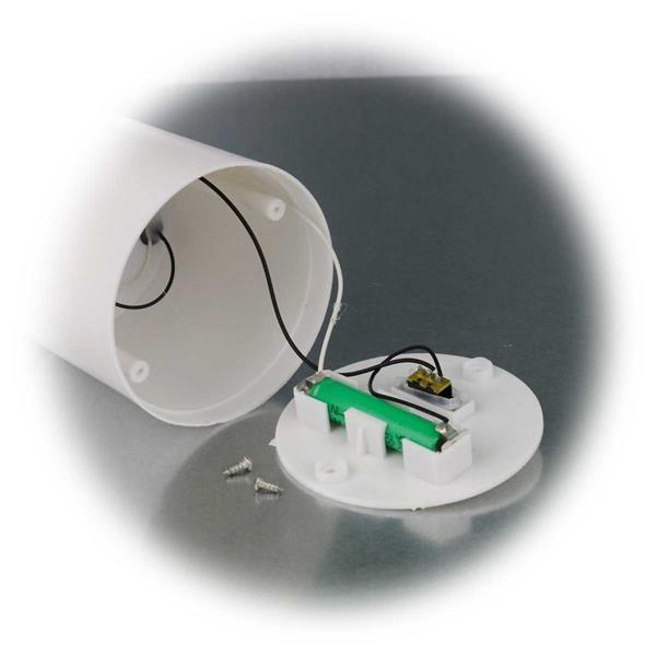 LED Kerze mit integrierten austauschbarem Akku