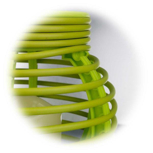 LED Leuchte aus Kunststoffgeflecht in Weidenoptik