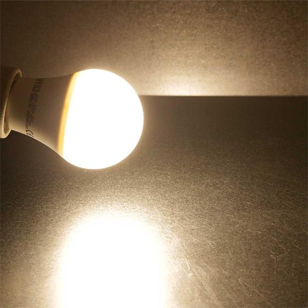 E27 LED Leuchtmittel mit 160° Abstrahlwinkel und 806lm