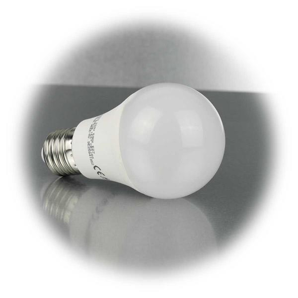 LED Energiesparleuchte mit mattierten Kunststoffgehäuse