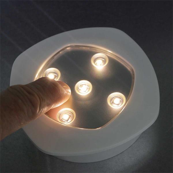 LED Batterieleuchte mit Touch-Schalter in der Mitte der Leuchte