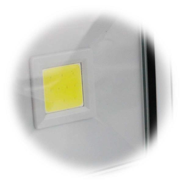 handliche LED Arbeitsleuchte für das Handschuhfach