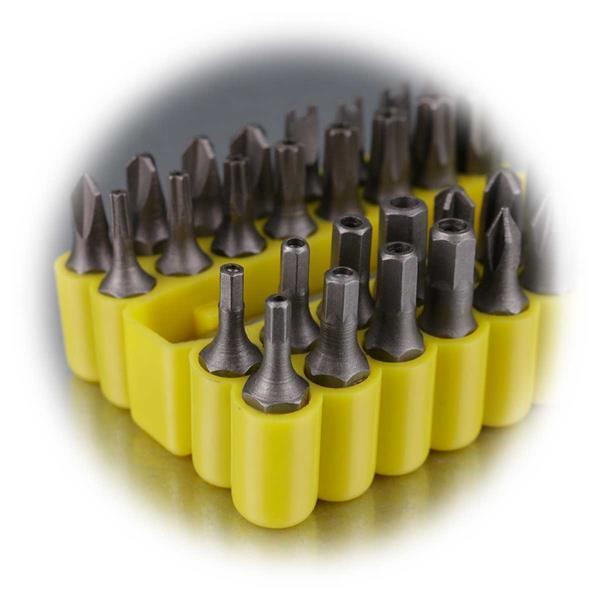 Schrauberbit-Set zur Verwendung an dem Akkuschrauber und an der Bohrmaschine.