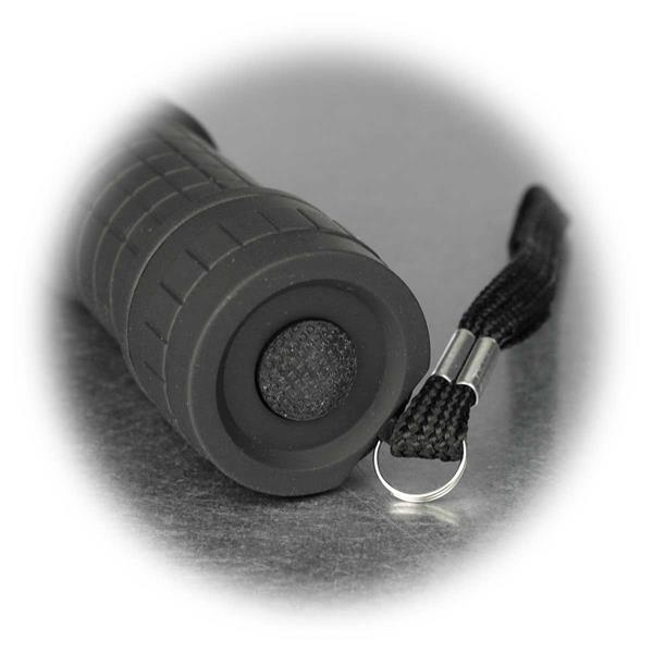 rutschfeste Oberfläche mit gummierten Ein-/ Ausschalter