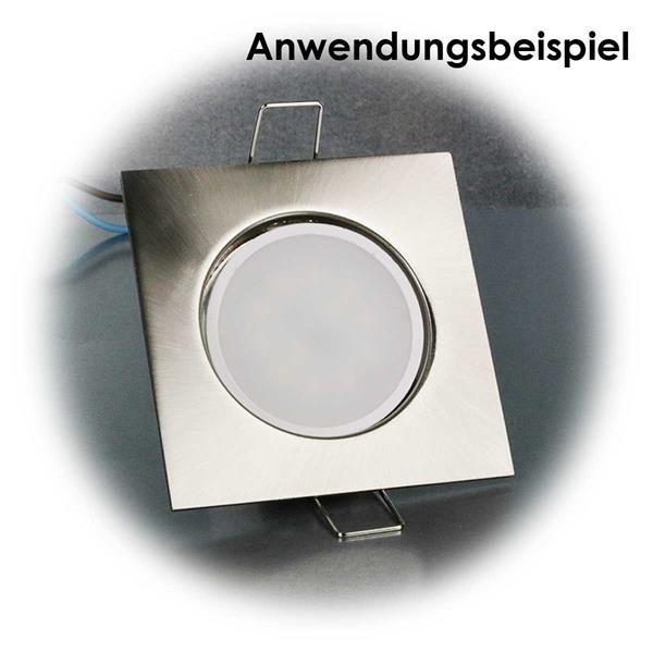 Der flache LED- Einsatz passt in 50mm Standard-Einbaustrahler