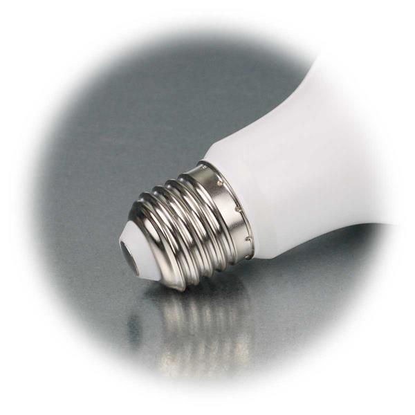LED Lampe mit Sockel E27 für 230V mit max. 320 Lumen