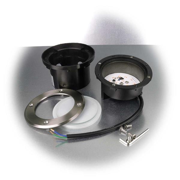 LED Strahler mit Schutzklasse IP67 mit Bodeneinbauhülse