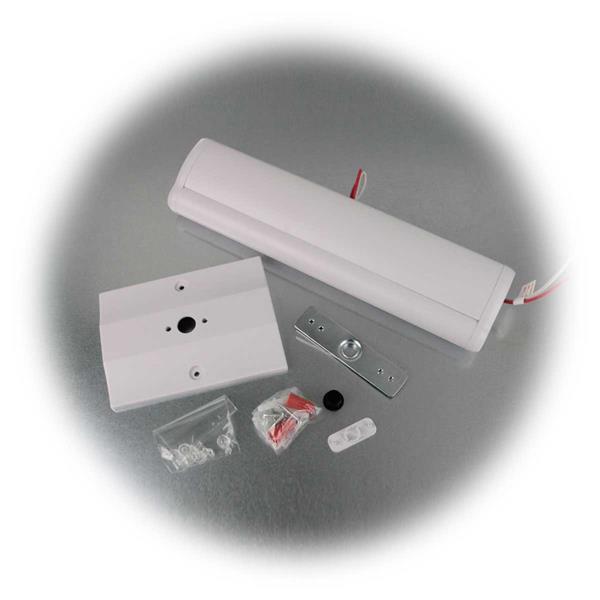 Rettungslicht leuchtet mit Dauerlichtfunktion bei Stromanschluss
