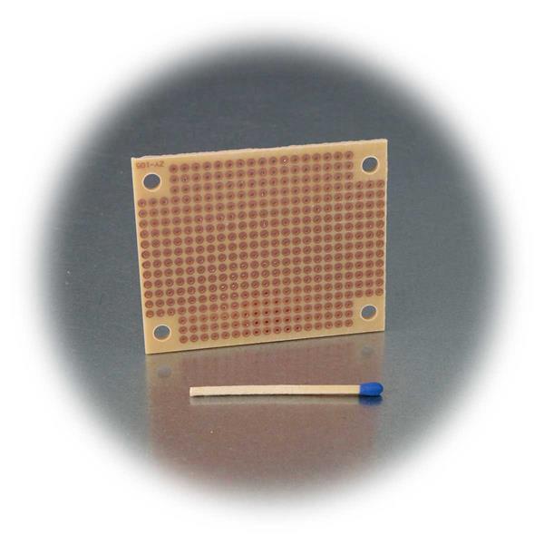 Kleine Platine mit 378 Lötkontakten für experimentelle Aufbauten
