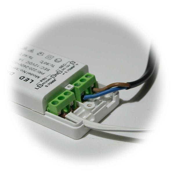 MR16 LED Strahlerset für 12V DC mit nur 2,5W Verbrauch hier der Trafo-Anschluss