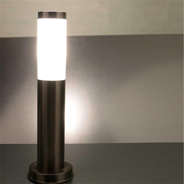 LED Standleuchte für außen mit IP44
