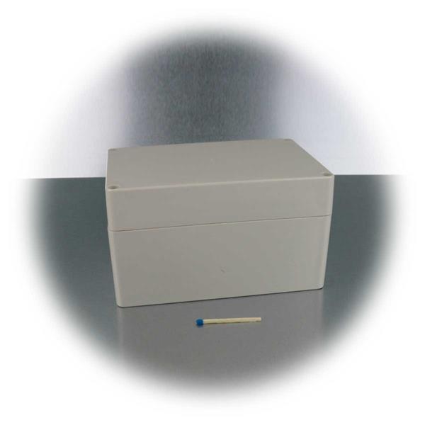 kleine praktische Box zum Verstauen von elektronischen Bauteilen