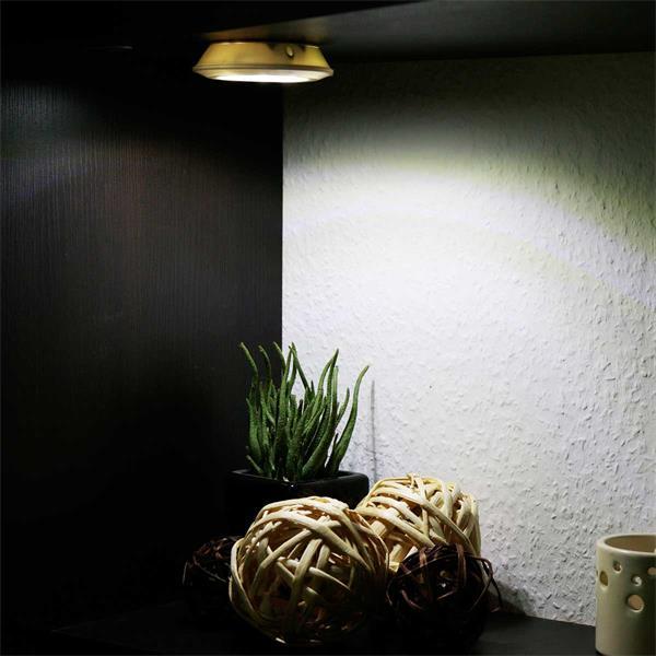 Dimmbares LED Orientierungslicht mit Fernbedienung