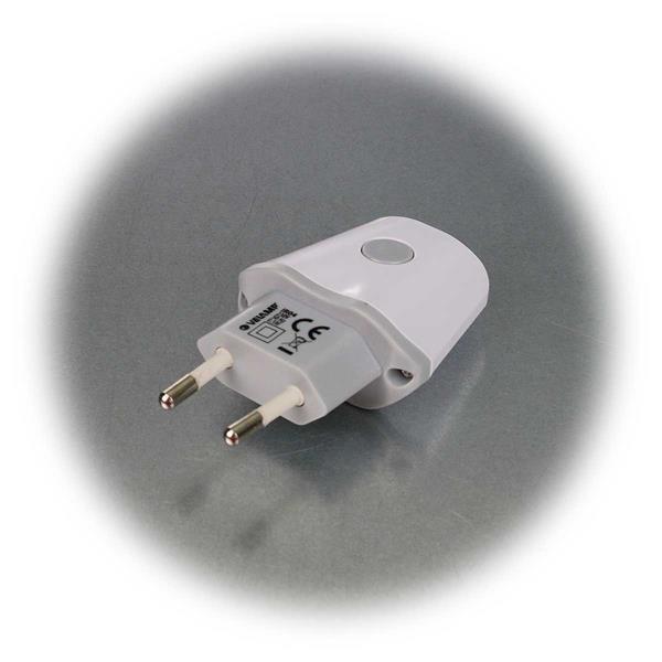 Die Taschenanlampe wird mit dem Schalter ein- und ausgeschaltet