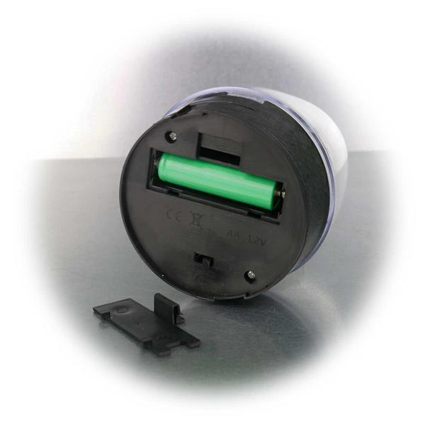 Solar LED Gartenleuchte mit integrierten und auswechselbaren Akku