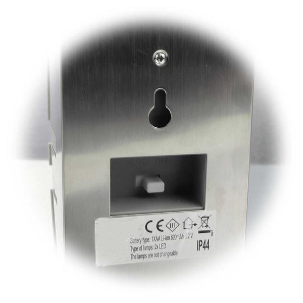 LED Solarleuchte mit geschützten Ein-/Ausschalter