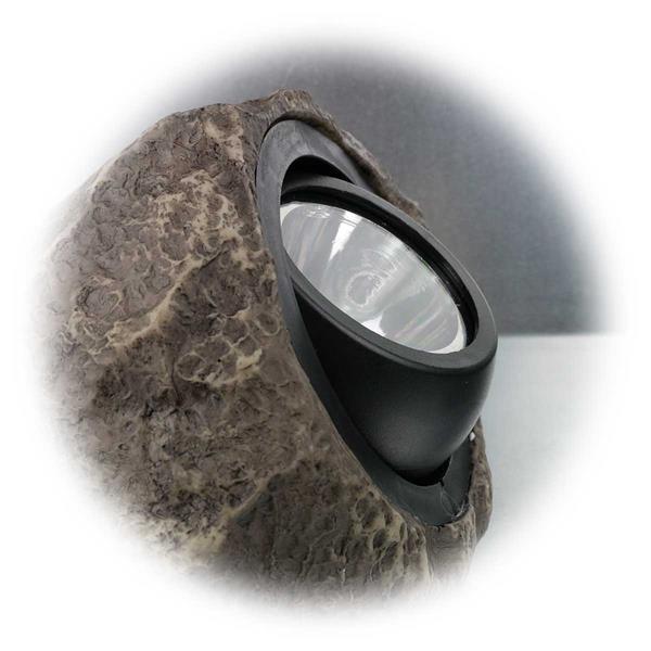 LED Gartenleuchte mit schwenkbaren LED Strahler für gezielte Leuchtrichtung