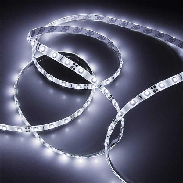 flexibler LED Streifen mit hellen Lichtschein für indirekte Beleuchtung
