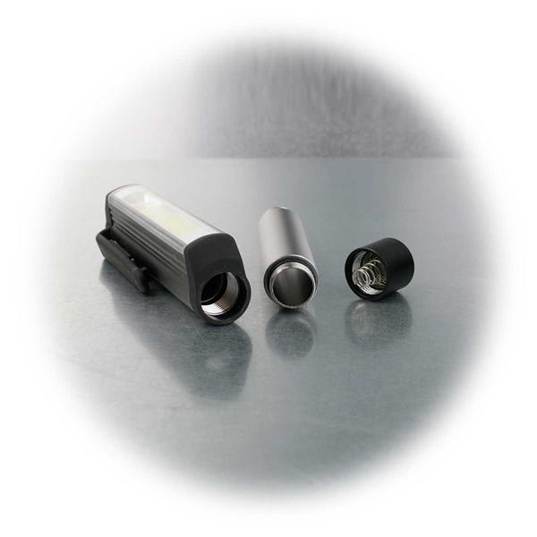 Robuste Stiftleuchte mit COB LED, Halte-Clip und Aluminiumgehäuse