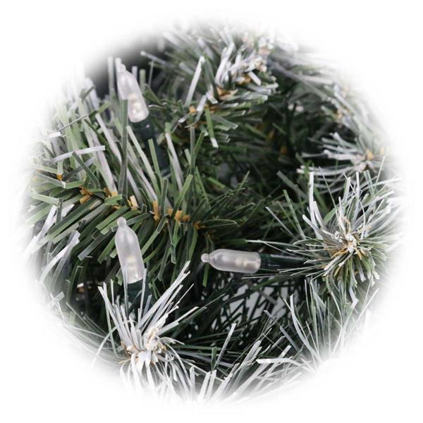 LED Weihnachtskranz für festliche Dekoration in Innen- oder Außenbereich