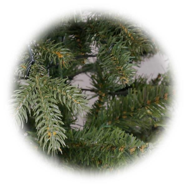 Weihnachtsbaum LARVIK mit hochwertigem Materialmix