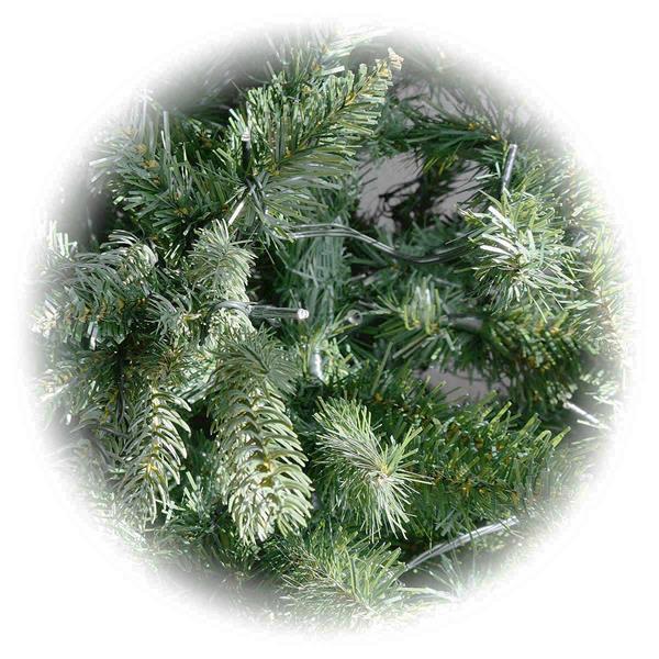 qualitativ hochwertige Christmasbäume mit biegsamen Tannenzweigen