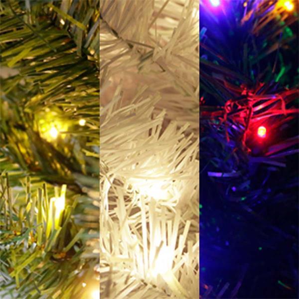 Weihnachtsbaum in grün oder weiß mit warmweißen oder bunten LEDs