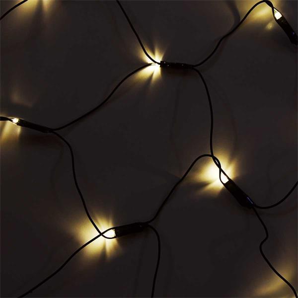 LED Lichternetz verzaubert mit warmweißem Licht