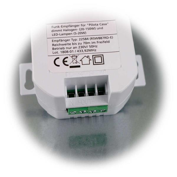 einfacher Anschluss über Schraubverbindungen für 230V und Verbraucher
